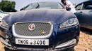 Na burze v indickém městě Čennaí si můžete koupit luxusní auto klidně i za...
