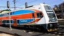 V Říčanech u Prahy vlak srazil člověka. (Ilustrační foto)