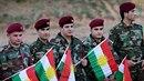 """Iráckokurdští bojovníci péšmarga, jejichž název znamená """"ti, kdo čelí smrti""""..."""