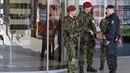Již déle než měsíc můžeme v českých ulicích potkávat vojenské hlídky. Ty by...