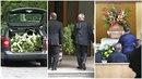 Pohřeb zavražděné Hany H., kterou v Tescu ubodala psychicky nemocná žena.