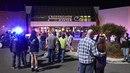 V obchodním centru Crossroads v americké Minnesotě zaútočil muž převlečený za...
