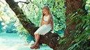 Šestiletou dívku policie našla v lesoparku nahou. (Ilustrační foto)