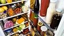 Lednice plná jídla bývá považována za symbol blahobytu. Dnes z ní ale mnoho...