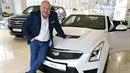 Michal David si koupil nový vůz.