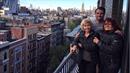 Leoš Mareš vzal svou maminku (vlevo) a tetu na výlet do New Yorku.