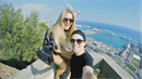 Lexa a Kotková si výlet do Barcelony užívají.
