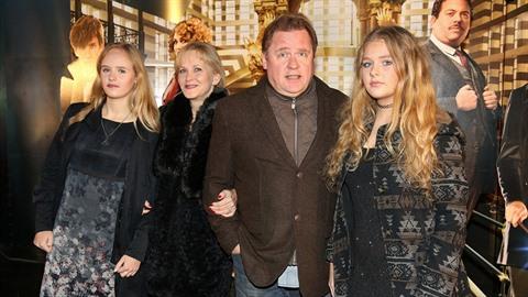 Václav Kopta vyrazil s rodinou do kina.