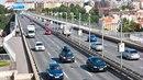 """Předtím se pro dálnici používal nečeský výraz """"autostrada""""."""
