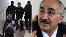 Kurdský lékař Yekta Uzunoglu sleduje případ zatčených Markéty Všelichové a...