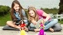 Tohle není jen tak obyčejná panenka. Boří stereotypy a učí holčičky technickým...