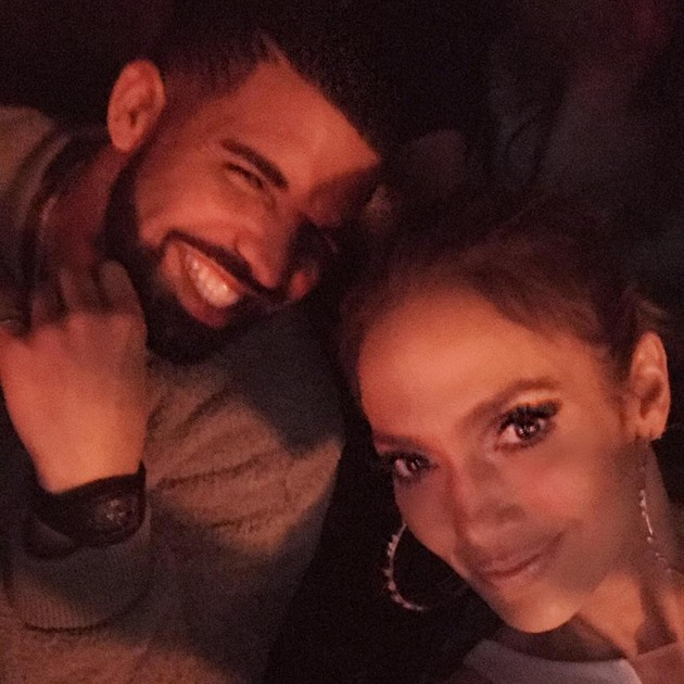 Drake chodí s rihannou