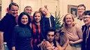 Rodinná fotografie podle Emmy Smetany. Nepřipomíná vám to něco?