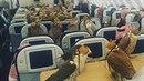 Pasažérům letu arabské letecké společnosti Etihad se naskytl neobyčejný pohled....