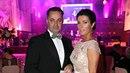 Martin Dejdar dorazil na ples s manželkou Danielou.
