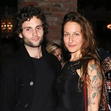 Penn Badgley a Domino Kirke