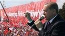 Recep Erdogan v touze po moci ztratil veškeré zábrany
