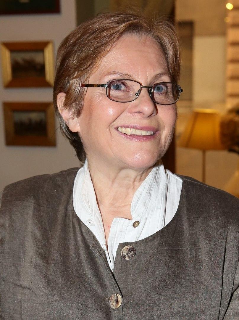 Stefanie von Pfetten recommendations