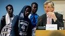 Jean-Claude Juncker je pro postih zemí, které nepřijali žádné uprchlíky nebo ne...