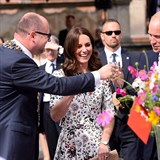 Princ William s Kate okouzlují Polsko.