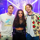 Demi Lovato a kluci The Chainsmokers
