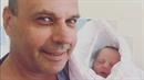 Petr Rychlý s vnučkou Laurou.