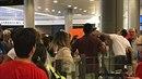 Zaměstnanec letiště v Nice dal pasažérovi pěstí, protože si stěžoval na...