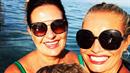Lucie Borhyová s dcerkou a maminkou u moře.
