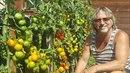 Dalibor Janda ukázal svou chloubu - rajčata.