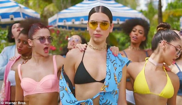 Dua Lipa - New Rules / videoklip
