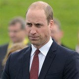 William Kate podporuje.