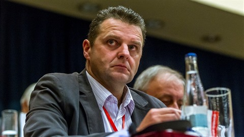 Zdeněk Ondráček, takzvaná komunistická mlátička.