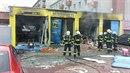 Hasiči Olomouckého kraje zasahovali u výbuchu a požáru v autoservisu v...