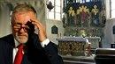 Mirek Topolánek je oddaný služebník církve svaté...