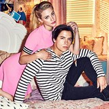 Lili Reinhart a Cole Sprouse /Riverdale/