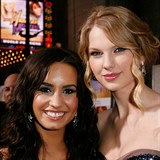 Demi Lovato a Taylor Swift