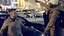 Fotka zachycující spor novináře a migranta těsně před celým incidentem.