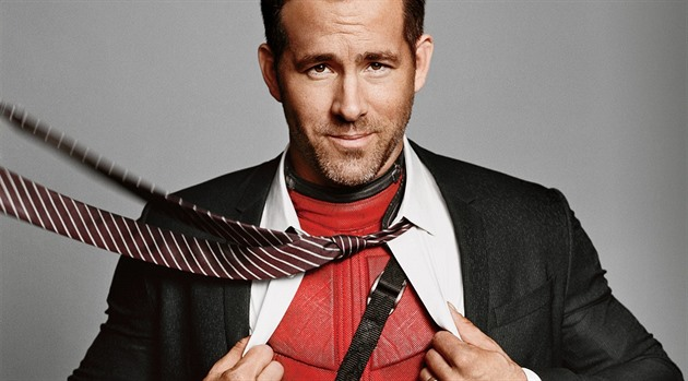 Ryan Reynolds jako Deadpool.