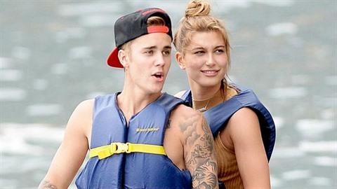 Selena Gomez+Justin Bieber. ale co ) Prostě jsem ráda, že jsou spolu a už k sobě prostě tak něják patří, Sel bez Justina to už by nebylo ono.