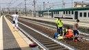 Mladík si pořídil selfie se ženou, kterou srazil vlak. Její zranění přitom byla...