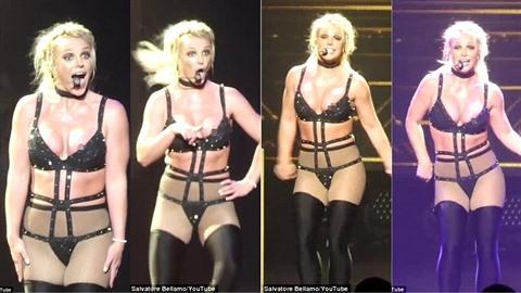 Britney znovu vypadla bradavka.