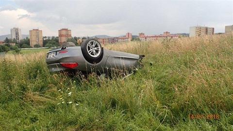 Dopravní nehoda dvou osobních automobilů na silnici I/48.