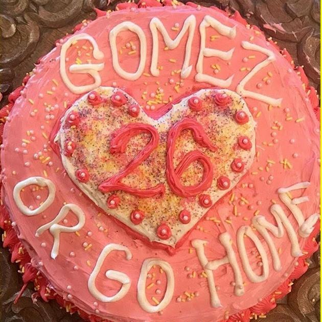 Dort pro Selenu Gomez od Taylor Swift