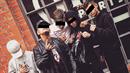 Mladíci z gangu Vaňkovka.