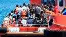 Mnoho migrantů při plavbě do Evropy zemře.