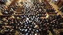 V kostele se sešlo neuvěřitelné množství lid.