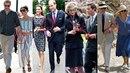 Jak prožívají královské páry státní návštěvy? Někde vládl chlad, jinde tajná...