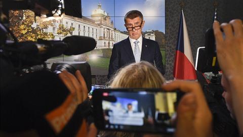 Premiér Andrej Babiš komentoval 14. listopadu 2018 v Praze na tiskové...