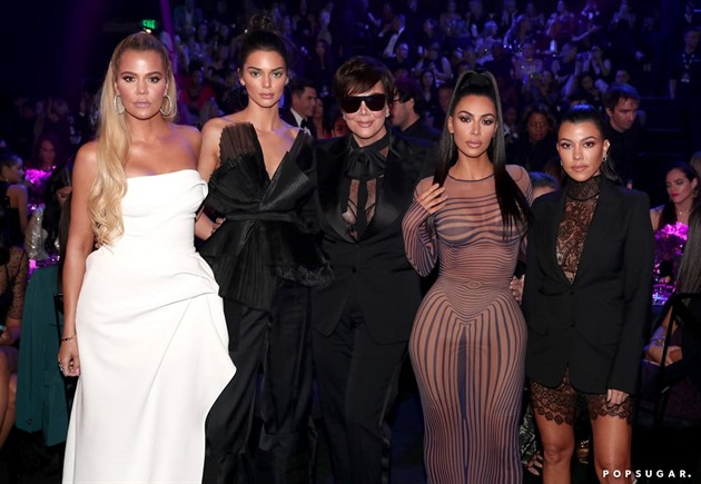 Na People Choice Awards dorazili i holky Kardashian- Jenner