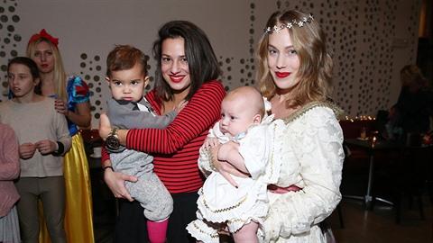 Aneta Krejčíková ukázala nejen syna, ale i krásnou sestru Kateřinu.